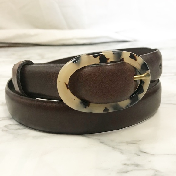 Banana Republic Accessories - Banana Republic XS Brown Tortoise Buckle Belt